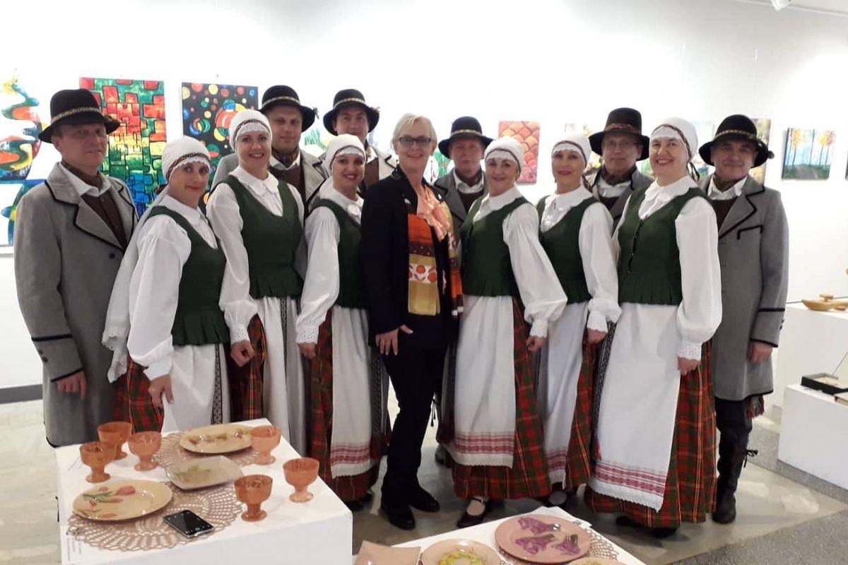 """Vyrenio amžiaus šokių kolektyvas """"VARŪNA"""
