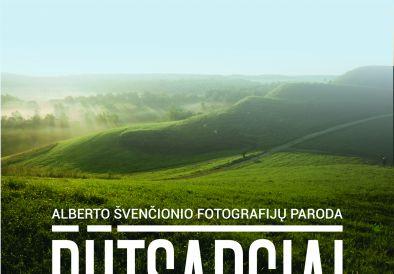 """Alberto Švenčionio fotografijų paroda """"Butsargiai Lietuvos piliakalniai"""
