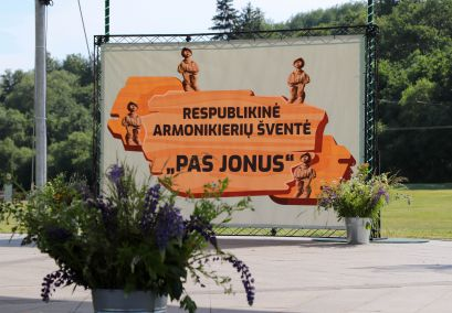 """""""PAS JONUS""""  suvažiavo geriausi Lietuvos armonikieriai"""